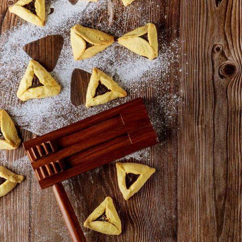 cooked-hamantaschen-jewish-cookies-with-ingredients-purim
