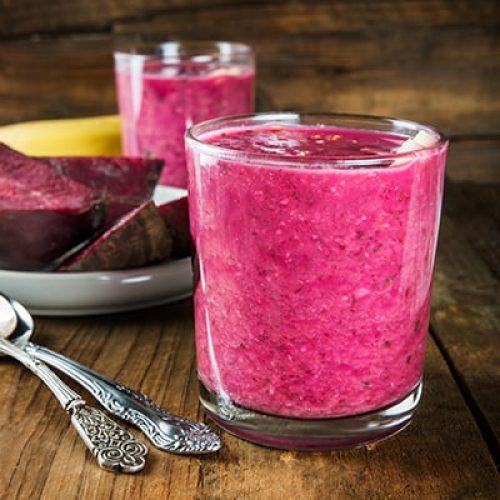 healthy-beetroot-smoothie-breakfast